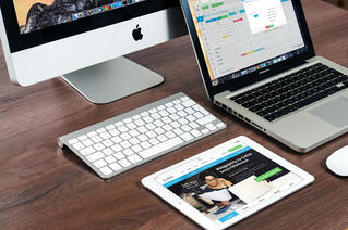 macbook-apple-imac-computer-39284 2.jpg